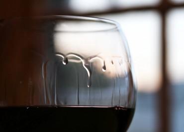 Wine-Legs-wine-tears