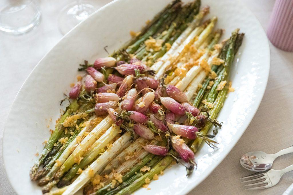 Mirabeau - Provence - radishes and asapragus