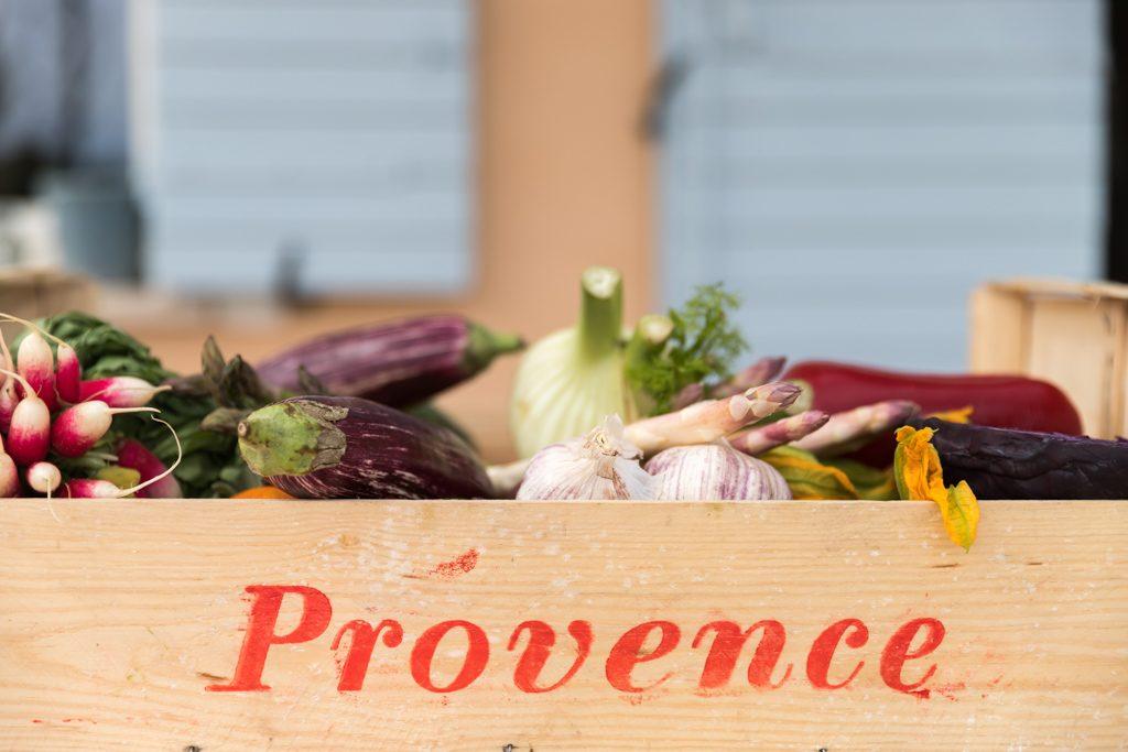 Mirabeau - Provence - veggie basket