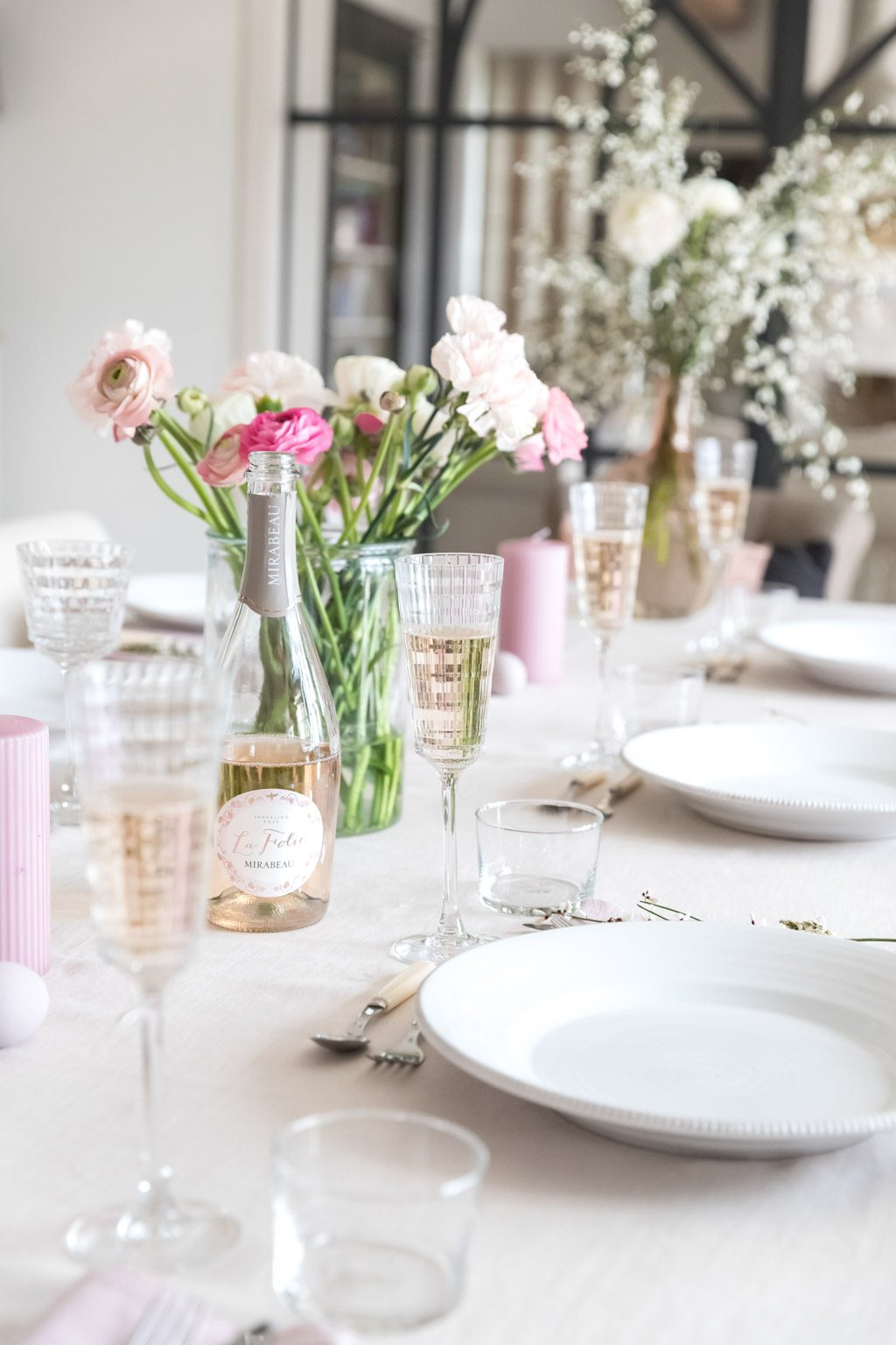 Mirabeau - Provence - tablescape