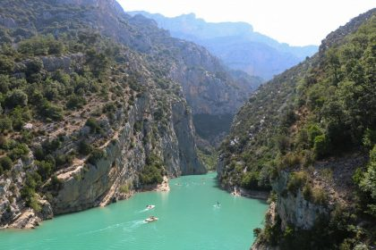 Day trip to Gorge du Verdon, Moustiers and Valensole