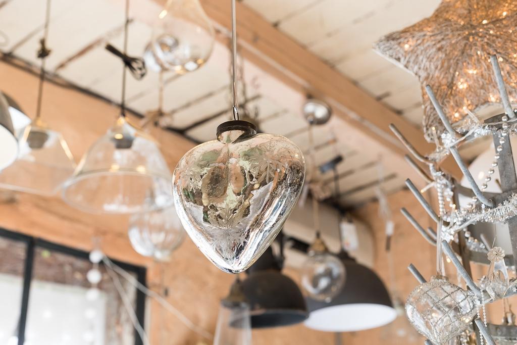 Glass decorations in Le Passé - Le Présent in Cotignac