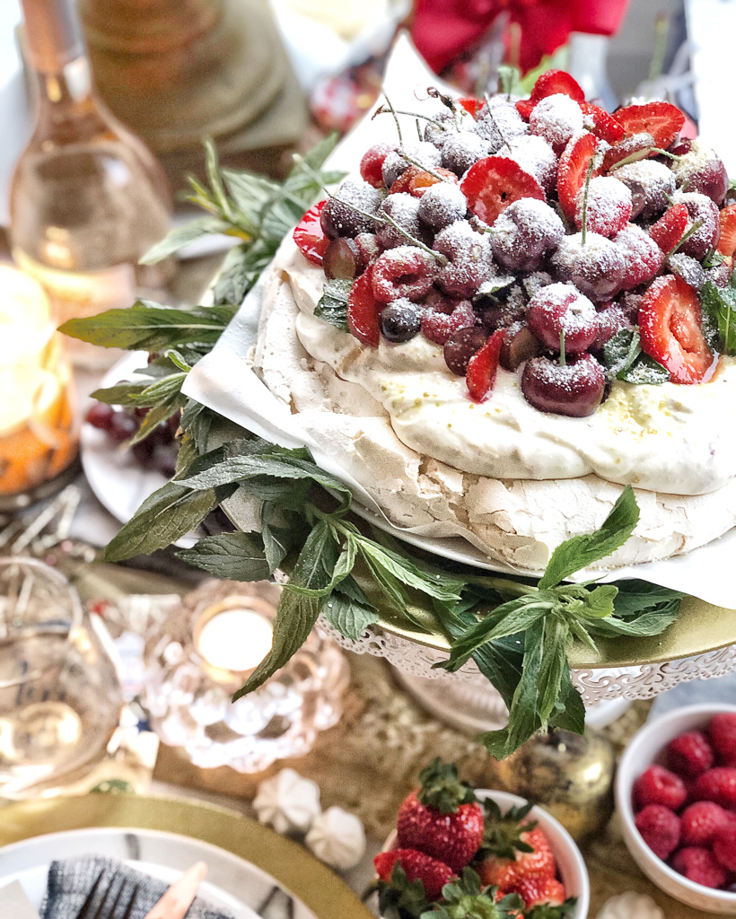 An Australian Christmas Pavlova by Glendon, featuring our rosé wine Mirabeau Etoile