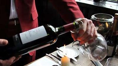 decanting-wine