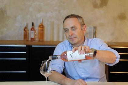 mirabeau wine how to taste wine in a restaurant