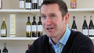 neil-tully-on-wine-labels