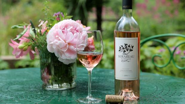start-up-Mirabeau-en-Provence-photo-Classic-rose-wine-620